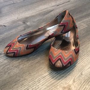Steve Madden Chevron Flats Like New